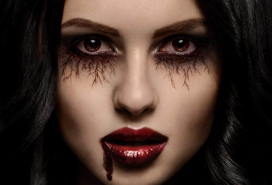 kak-stat-vampirom-v-realnoj-zhizni