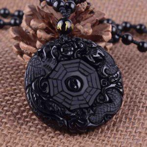 talismany-chernyj-obsidian