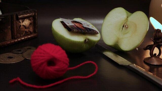как яблоком приворожить мужчину